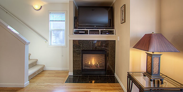 1757_nw_58th_st_9-fireplace