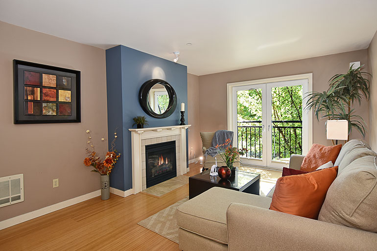 SOLD!   701 1st Ave N., Unit 203