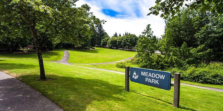 15703_NE_111th_nearby-meadow-park
