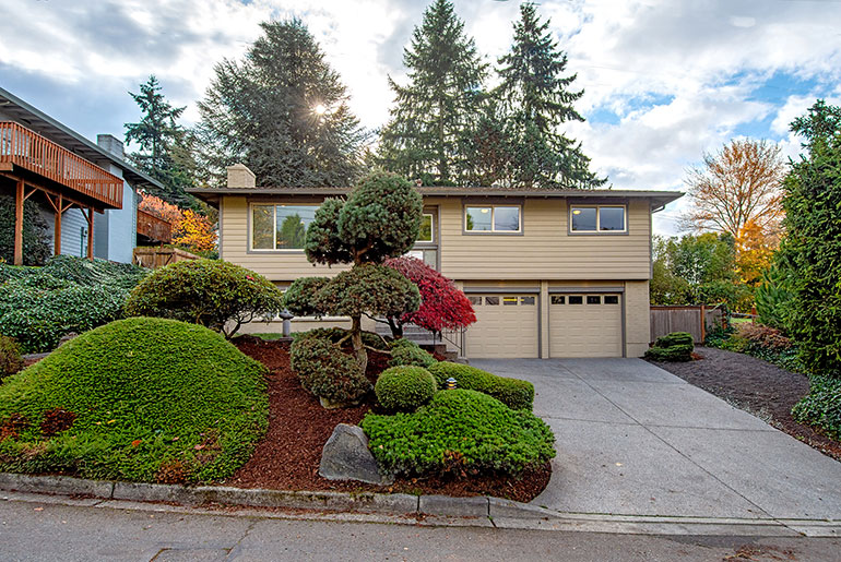 SOLD – 10115 NE 116th Place